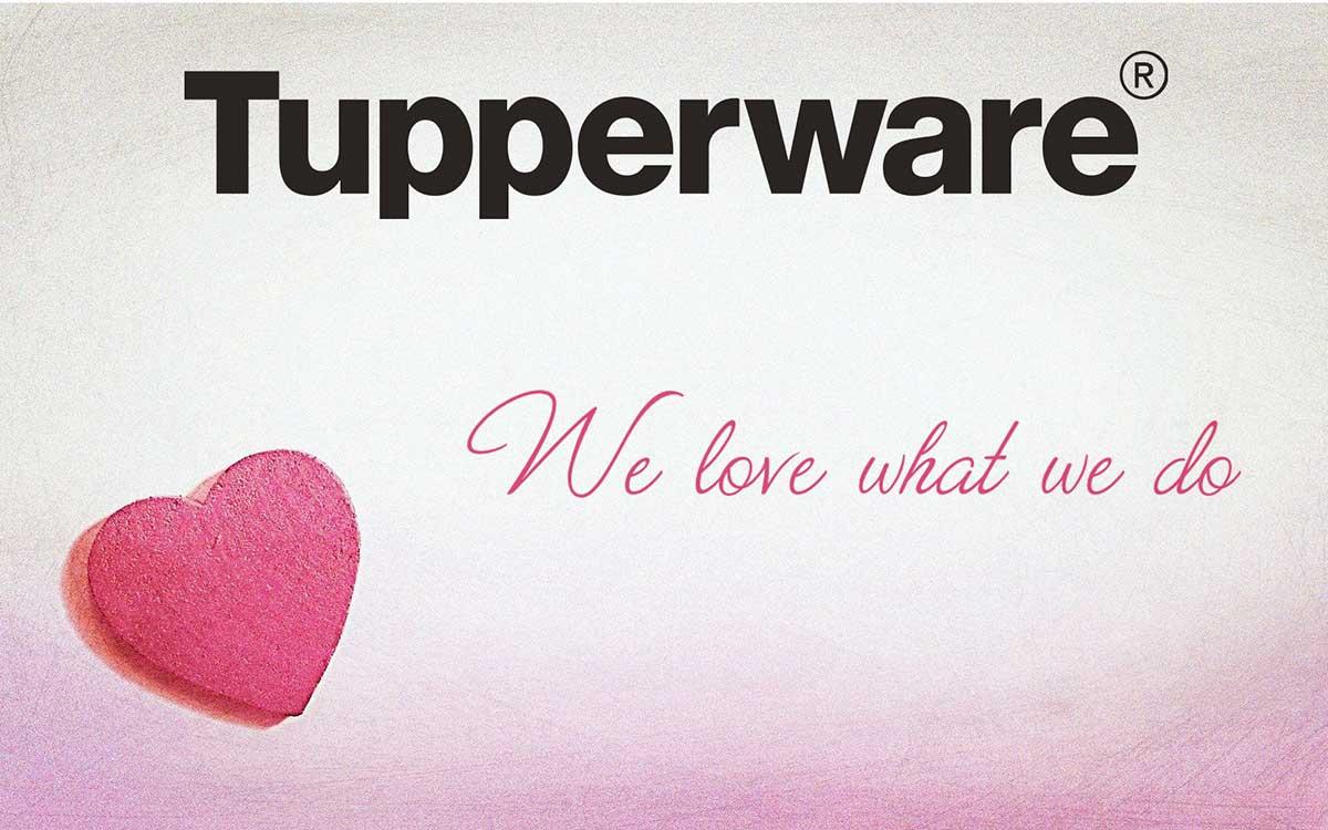 Bild mit Herz und Logo zum Thema mehr Erfolg als Tupperware Beraterin durch Content-Marketing